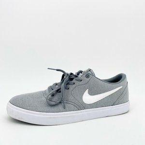 Nike Men's SB Check Solar Canvas Sneaker Gray Low